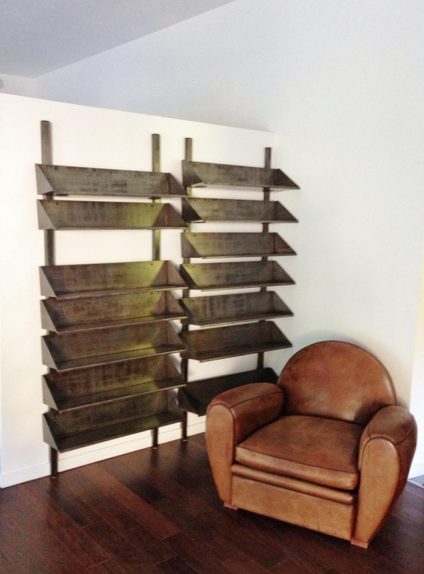 bookshelf of me mr canevet. Black Bedroom Furniture Sets. Home Design Ideas