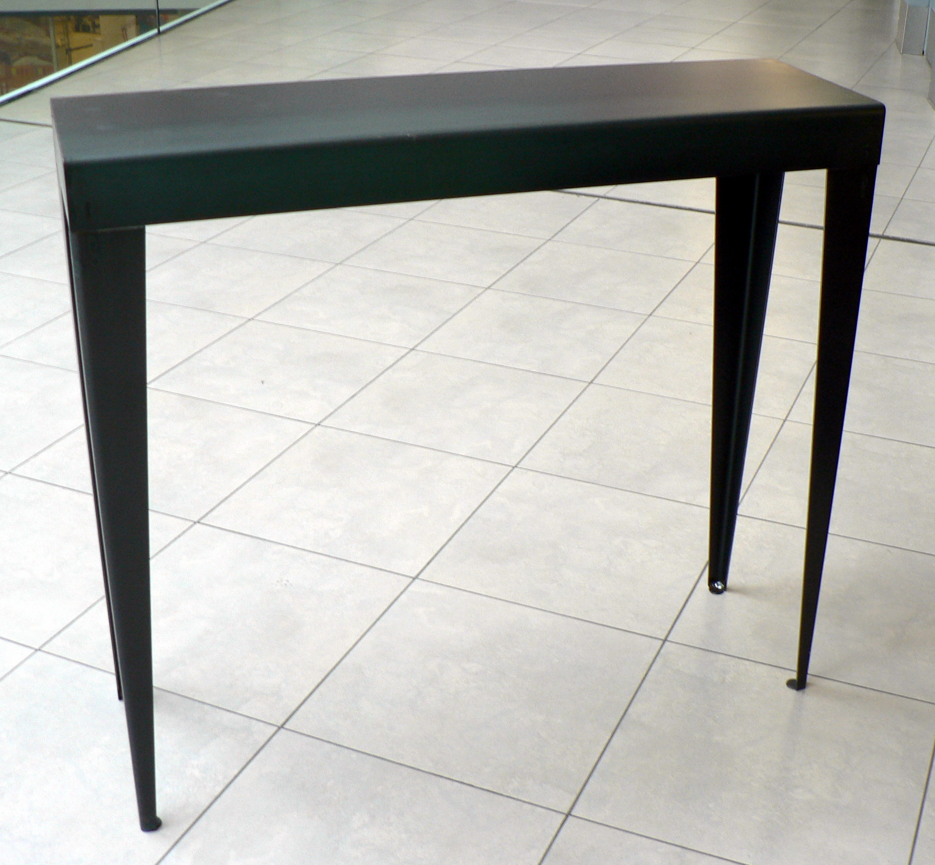 consoles en metal style loft sur mesures. Black Bedroom Furniture Sets. Home Design Ideas