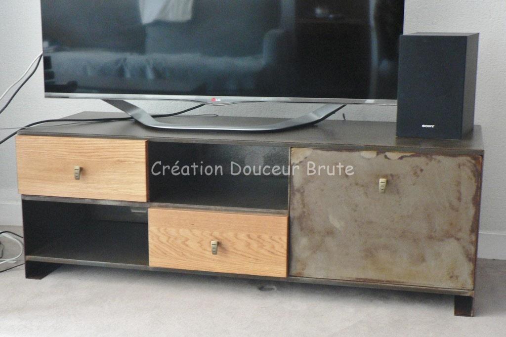 meubles tv industriel et design style loft m tal et bois. Black Bedroom Furniture Sets. Home Design Ideas