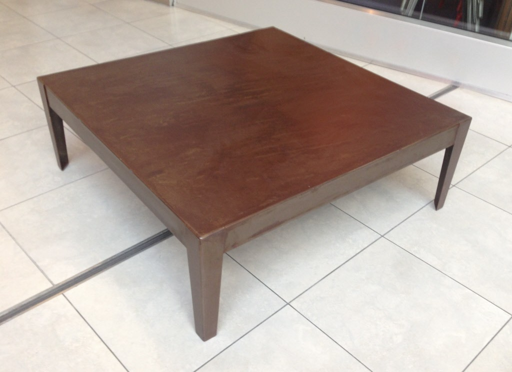 Table basse carr moderne en m tal patin for Table khi carre