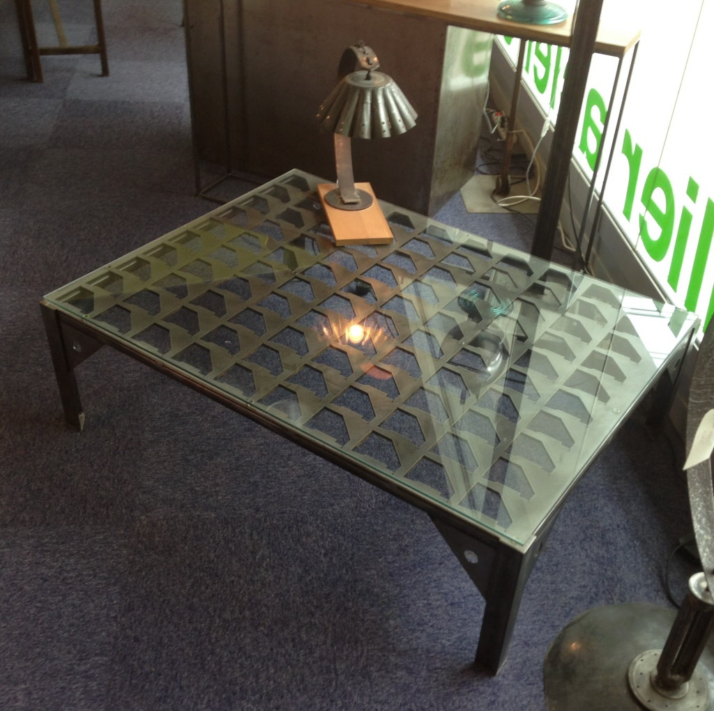 Tables de salon tables basses metal design loft - Table verre et metal ...