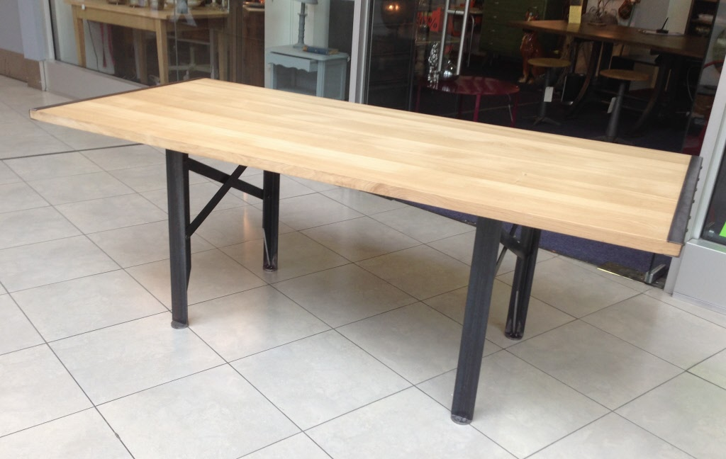 Table a rallonges design loft metal et bois - Table rallonge 20 personnes ...